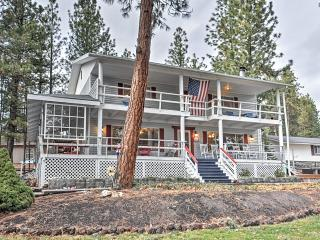 Serene 4BR Retreat House in Tygh Valley w/Multiple Porches & Amazing Views - Across from Pine Hollow Lake & Near Outdoor Recreation!
