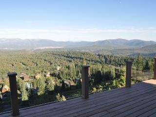 Alta Vista Chalet -- stunning panoramic vistas, Truckee