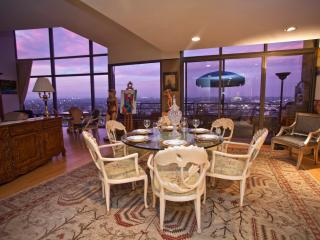 Incredible 2BR Luxury Penthouse Overlooking Marina Del Rey - Great Monthly Rates!, Marina del Rey