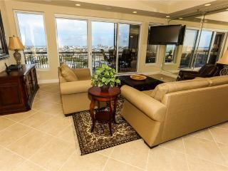 Harbor Landing Condominium 902B