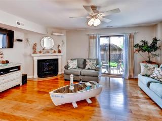 Brigantine Townhome Near Beaches & AC Casinos