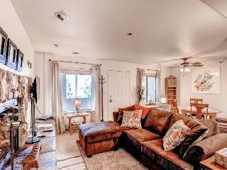 Inviting 2BR Stateline Condo w/Jacuzzi Tub & Impressive Lake Tahoe Views