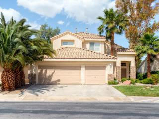 Inviting 3BR Henderson House w/Private Outdoor Swimming Pool, Wifi & Gas Grill - Only 20 Minutes from Las Vegas Strip!