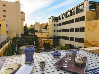 ★ Stunning Riad & Full Service ★ Dar Bab Guissa, Fez