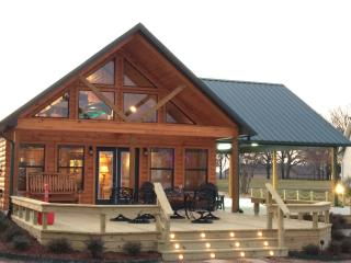 Sunrise Lodge on Lake Fork, Alba