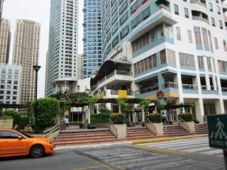 One Central Park and Eastwood City Walk