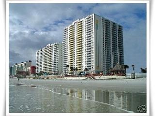 Wyndham Ocean Walk Condo 1, 2/3 BR/2BA - Disney, Daytona Beach