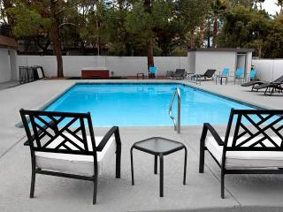 !/2 an acre Reflection Villa, Concierge Service