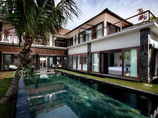 Amazing Villa Seroja -  4 bedroom luxury, Seminyak