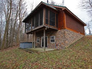 Secluded Hocking Hills 2 bedroom cabin, minimum stay required