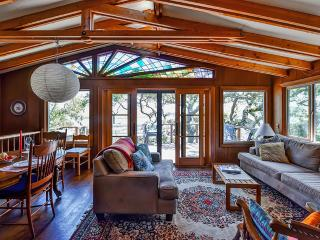 Inverness House w/Views of Tomales Bay!
