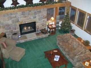 FEBRUARY Special~**LUXURIOUS & FUN 4 BED 4 BATH!, Salt Lake City