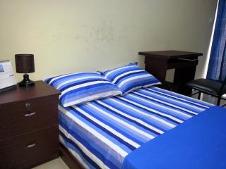 NJI02: Single pleasent tidy secured AC room, Uttara