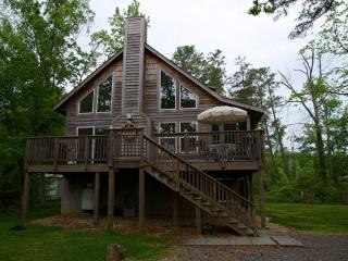 Cedar Beach Lodge is a Modern Year-Round, Lusby