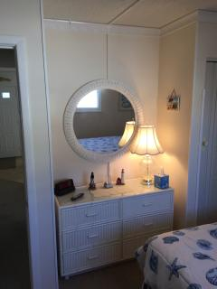Master Bedroom, with TV  & Ceiling Fan,   Queen size bed. Wireless Internet,