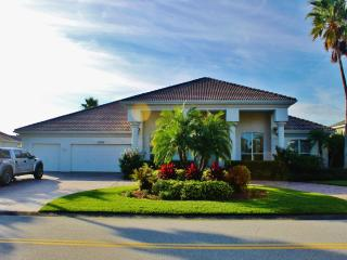 Splendid 4BR Port Orange House w/Private Pool in Upscale Gated Community - 10 Min from Daytona Beach!