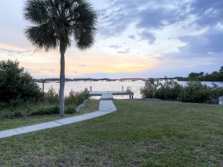 Cedar Key Duplex Home w/ Dock & Stellar Ocean View