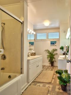 Middle Bathroom
