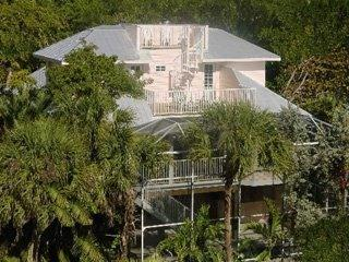 Be Captivated! 1-4BR Luxury Homes/BeachFront Condo, Captiva Island