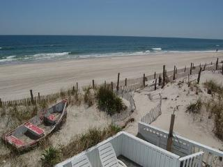 3or6BR--Classy Oceanfront--Stunning Views- 15 Feet, Beach Haven