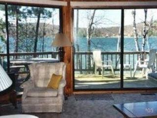 Lakefront House on Beautiful Northern Michigan Lak