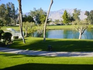 Luxury Condo on Golf Course, Cathedral City
