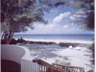 Beach front private vacation rentals 1 to 3 bedrms, Treasure Island