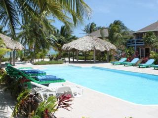 Direct-Beachfront Resort on Ambergris Caye, San Pedro
