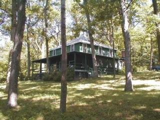 Private Canandaigua Lake Cottage 200 ft lakefront