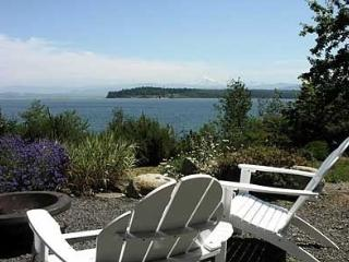 Private Oceanfront - Hot Tub! - Extensive Grounds, Lummi Island