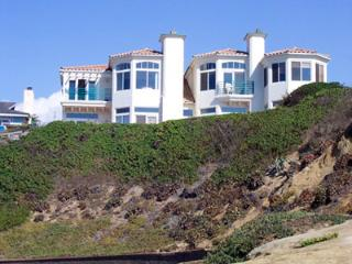 DAZZLING OCEANFRONT!! Our Place on the Beach, San Diego