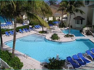 1-5 Bedroom Hotel/Villas - Walk to Atlantis 5 Min., Nassau