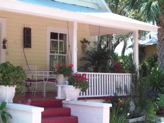 Ashley's Greek Sponge Docks Tarpon Springs Rental