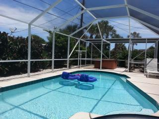 RACE/BIKE WKS AVAIL-5MINS 2 BCH-3BR w/Scr POOL/SPA, Ormond Beach