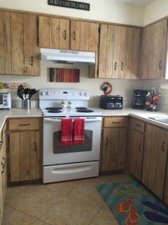 Kitchen equipped to make snacks or holiday meals - all newer appliances.