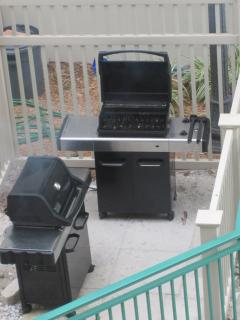 2 gas grills available for guests to use.  Grill tools available for my guests.