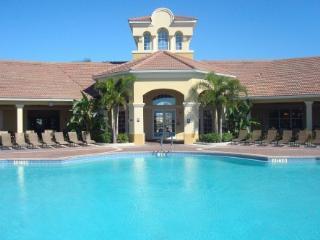 2 & 3 BD Luxurious Condos at Vista Cay in Orlando