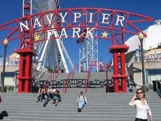 Steps To Navy Pier - Beaches, Shops, Restaurants, Night Life and More!