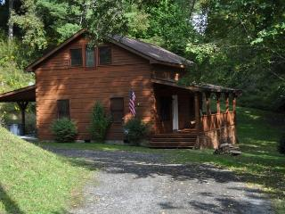 Bob Cat Run Log Cabin, Sugar Grove