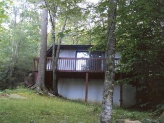 BEAT THE HEAT AT THE LEGAL BEECH BUM MTN. RETREAT