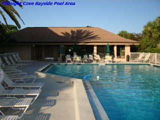 Sun, Sand & *Save 20% to 35%* Midnight Cove #714, Sarasota