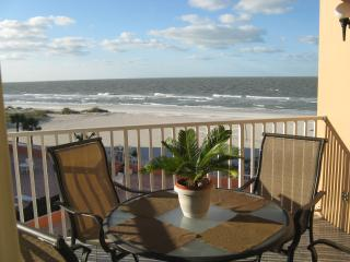 BEACHFRONT CONDO, CLEAN AND UPDATED