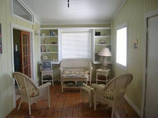 patio room/den