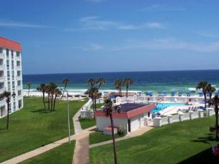 El Matador #440. 2 Bedroom 2 bath Condo with Gulf  View 20% off any open dates