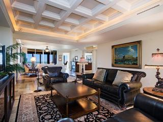Trieste Bay Colony - Naples Most Exclusive Address, Napels