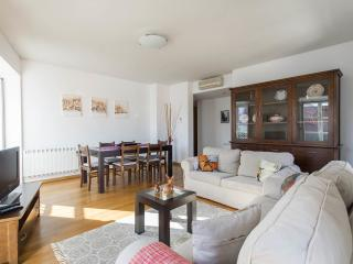 Chiado Apartments River Views Garrett 5A, Lisbonne