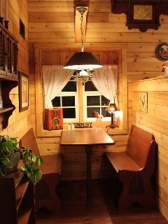 Cottage - Dining Booth
