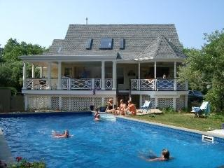 ->HAMPTONS - Shelter Island 4+Bdrm Euro Beach Home