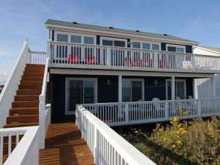 Direct Ocean Front Home - Great Beach Views!, Surf City