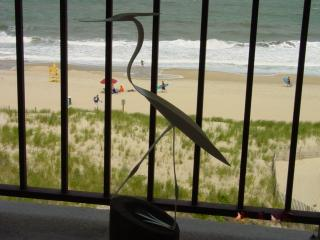 Large Oceanfront Studio on 123rd St in Ocean City, MD -- Cara Mar